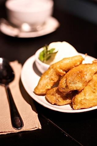 Suda Thai dessert banana fritters