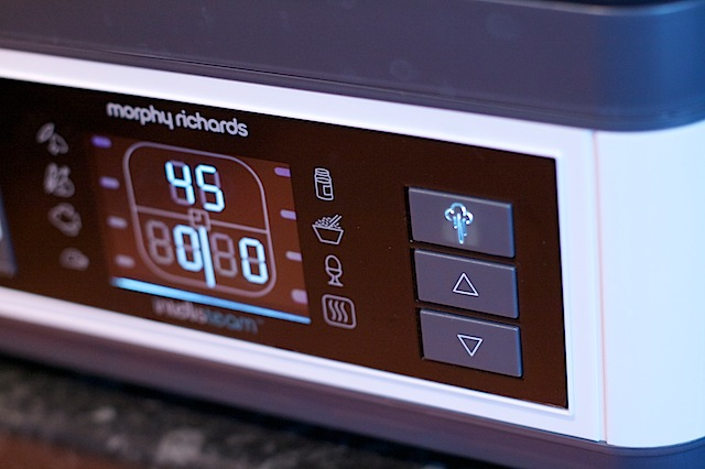 Morphy Richards Intellisteam steamer review control panel