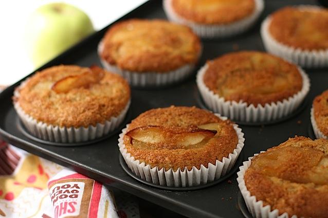 caramelised apple muffins