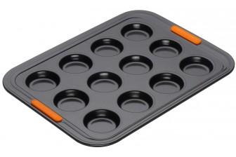 Le creuset non stick 12 cup bun tin tray 941002400
