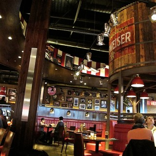 Dinner with Crayons: TGI Fridays Westfield Stratford