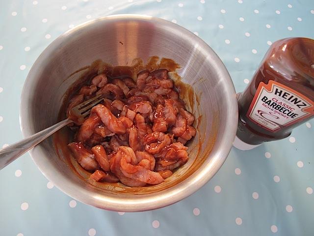Turkey wraps Heinz barbecue sauce - 03