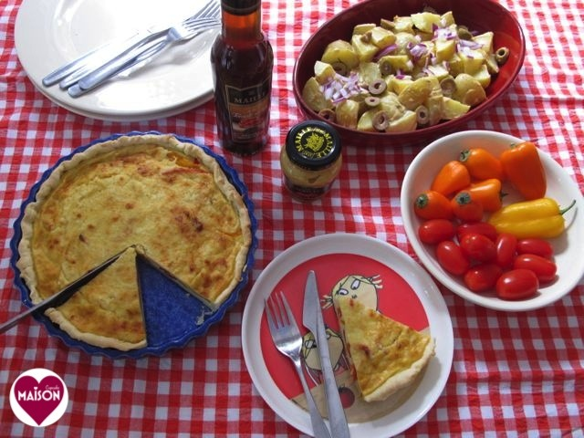 Easy quiche using Maille mustard in filling via MaisonCupcake.com #tarts #pastry #peppers #recipes