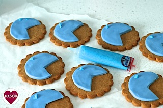 Rio2 movie blue parrot cookies - 11-imp.jpg