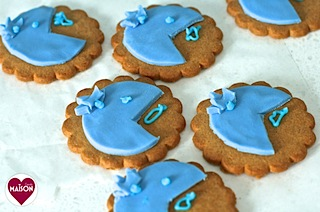 Rio2 movie blue parrot cookies - 12-imp.jpg