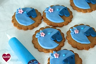 Rio2 movie blue parrot cookies - 14-imp.jpg