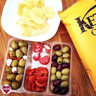 Kettle chips and olive platter from Morrisons #snacks #crisps #appetisers