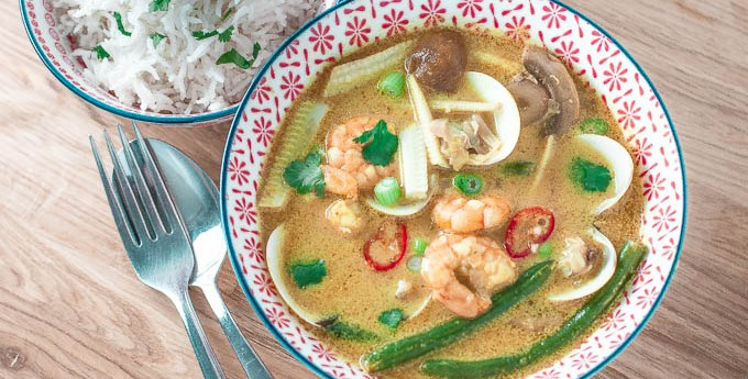 "Thai prawn curry with clams – a ""from the freezer"" meal"