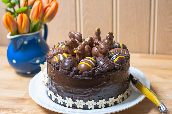 Chocolate Easter Cake Images : Easter chocolate praline layer cake - Maison Cupcake