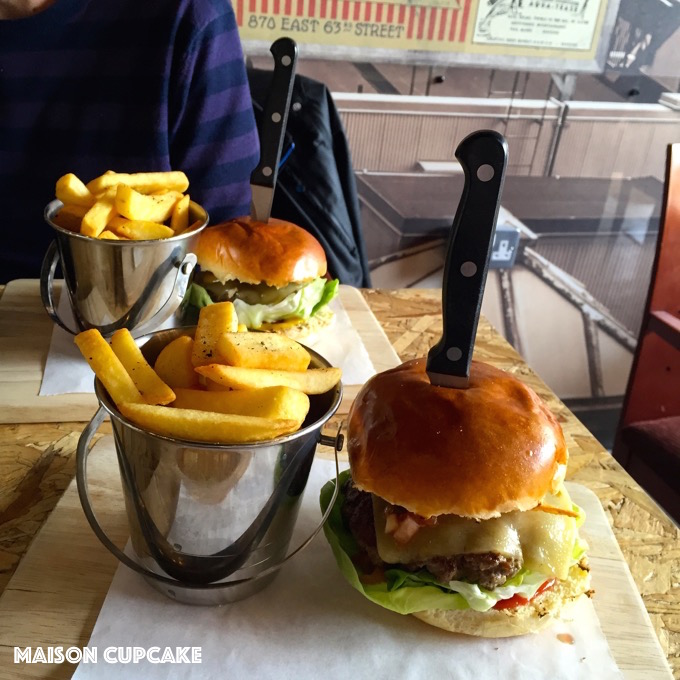 uptown burger co and where else to eat burgers around walthamstow maison cupcake. Black Bedroom Furniture Sets. Home Design Ideas