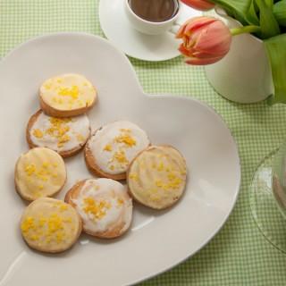 Lemon glazed cookies – slice and bake style