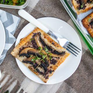 Portobello Mushroom Puff Pastry Tarts
