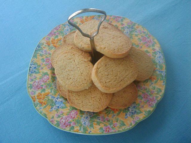 rachel-allen-oat-vanilla-shortbread-cookies-recipe