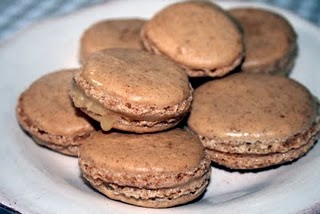 Recipe: macarons with pecan and salt caramel