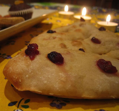 fougasse with cranberries