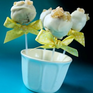 Recipe: white chocolate Jamaica ginger cake pops