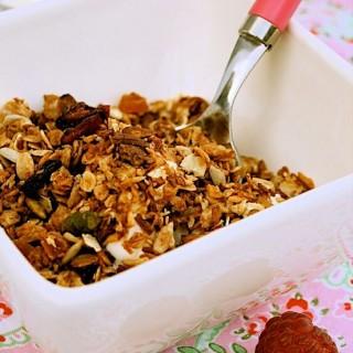 Recipe: sour cherry and coconut granola
