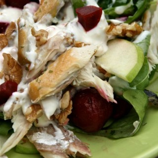 Mackerel salad recipe with beetroot, apple and walnut