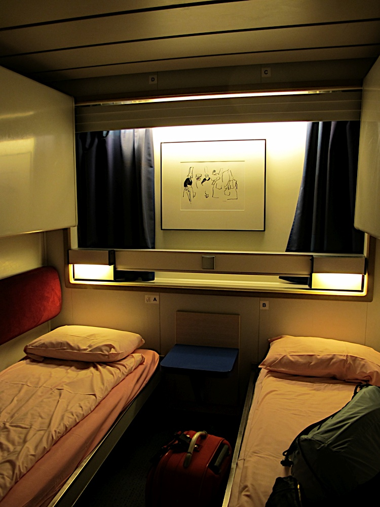 postcard from brittany ferries portsmouth to st malo crossing. Black Bedroom Furniture Sets. Home Design Ideas