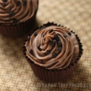 Bailey's Cupcakes with Chocolate Bailey's Buttercream Icing