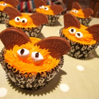 Recipe: chocolate orange Hallowe'en bat cupcakes (gluten free option)