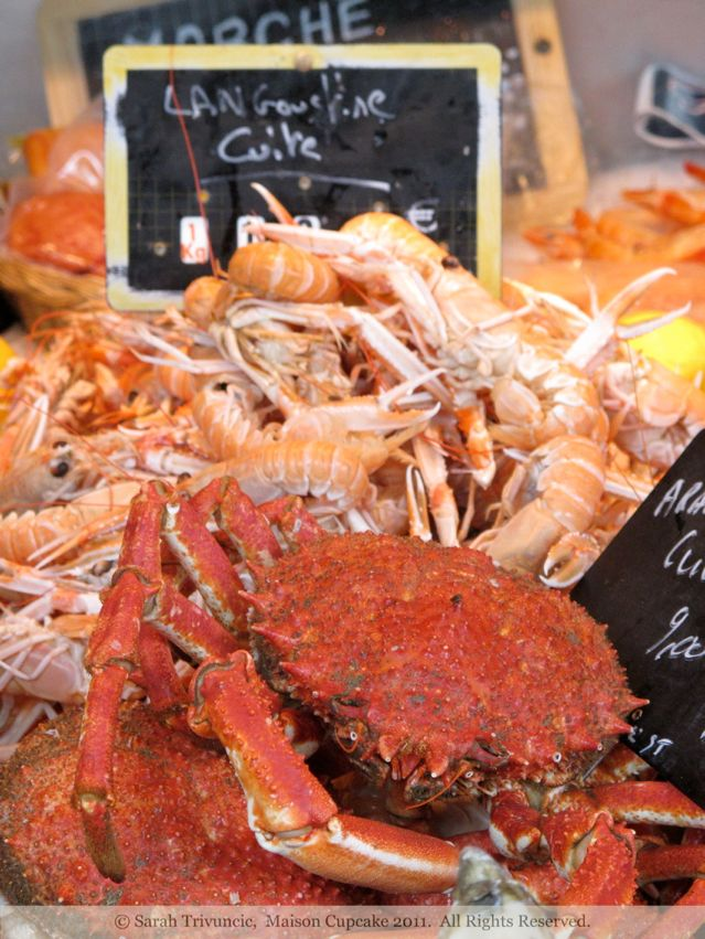 Crustaceans St Martin de Re Market France