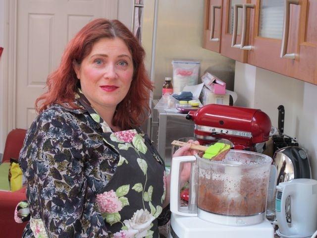 Making buttercream in magimix