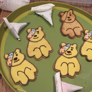 Pudsey Bear cookies recipe for Children in Need