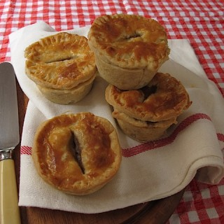 Recipe: steak and kidney mini pies