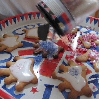 World Baking Day: Ted bakes jubilee biscuits