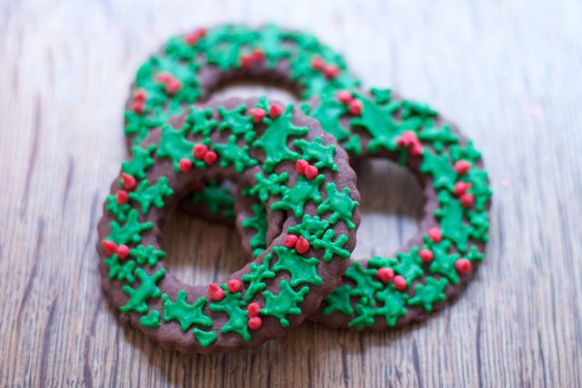 Christmas-Wreath-Tree-Cookies