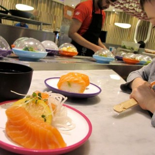 Dinner With Crayons: Yo! Sushi