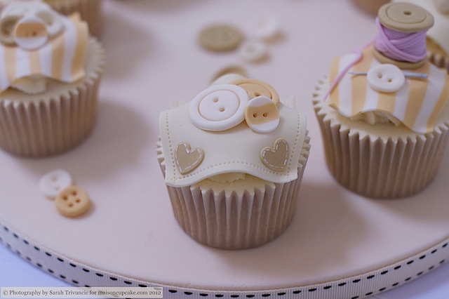 Squires Show 2012 baby cupcakes 14