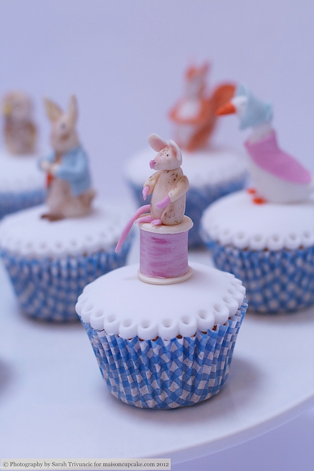 Squires Show 2012 baby cupcakes 15