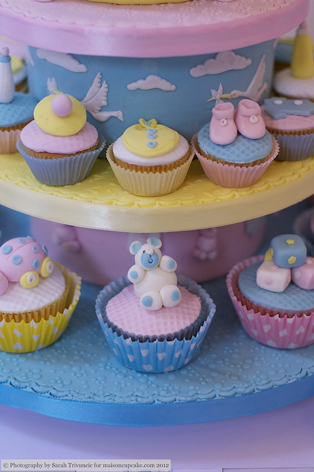 Squires Show 2012 baby cupcakes 8