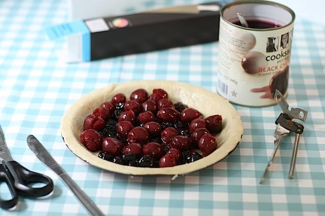 Cherry-meringue-pie - 05
