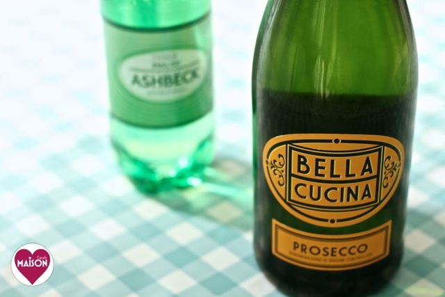 Bella Cucina prosecco and sparkling mineral water from Tesco #shop #cbias #ad