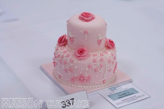 Squires miniature tiered cakes show - 07-imp.jpg