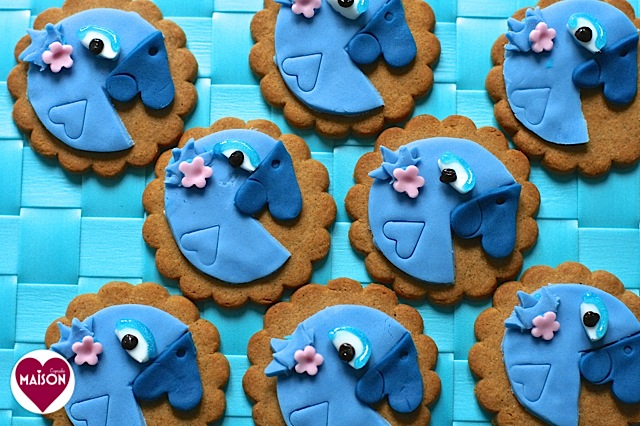Rio2 movie blue parrot cookies - 20-imp.jpg