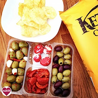 Kettle chips and olive platter from Morrisons #snacks #crisps #appetisers