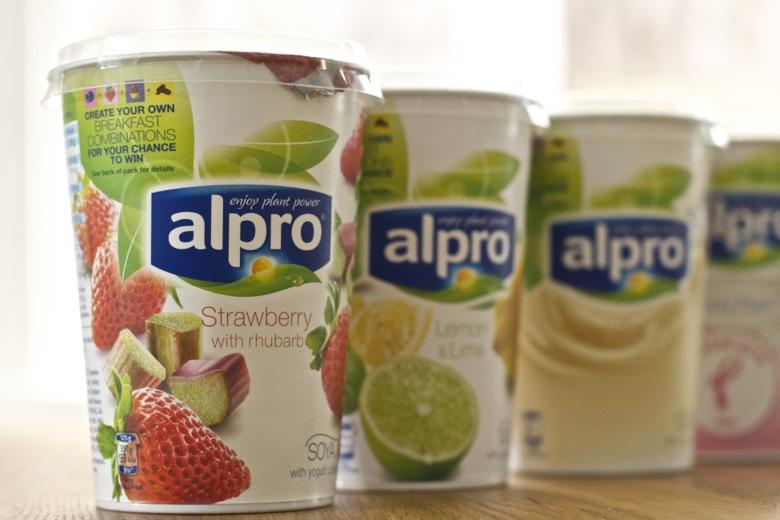 5 soya yogurt breakfast ideas alpro maison cupcake for Alpro soja cuisine