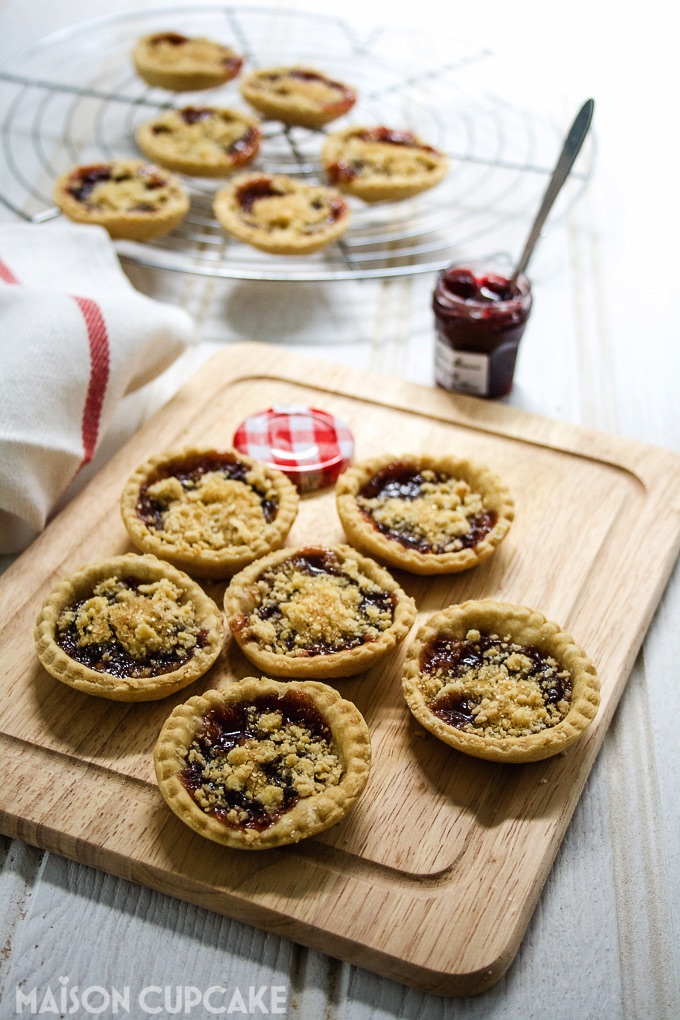 Jam tarts with vegan shortcrust pastry and crumble topping