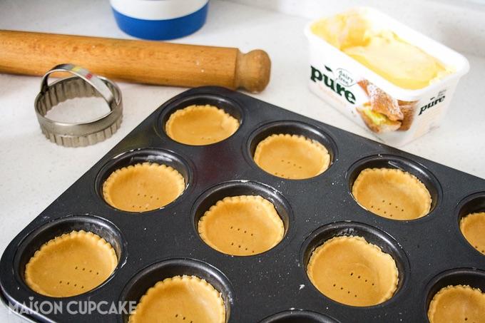 Vegan pastry cases