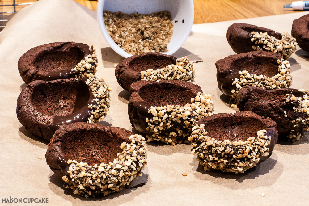 Chocolate Cookie Cups with Coffee Ice Cream Scoops-5
