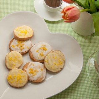 Lemon glazed cookies – slice and bake style