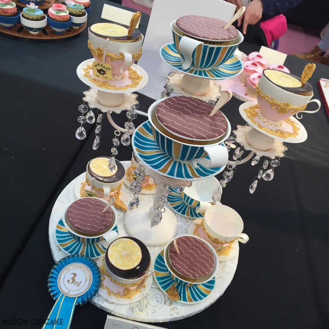 Teacup cupcakes by Urszula Maczka