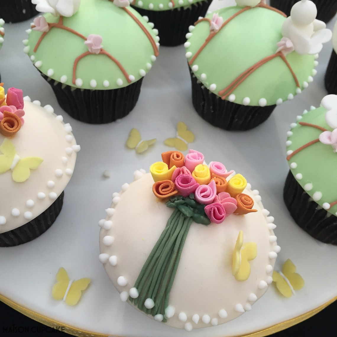 Bouquet with Lovebirds Cupcakes by Heather Holland