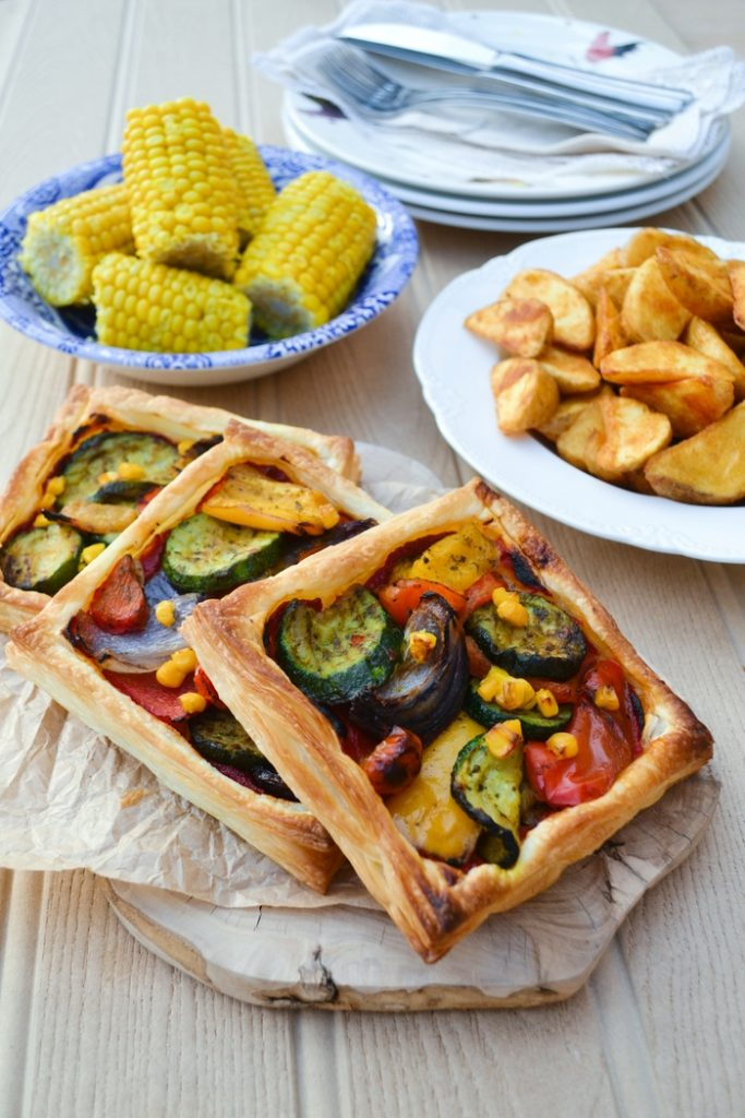 easy mediterranean tart by Tinned Tomatoes
