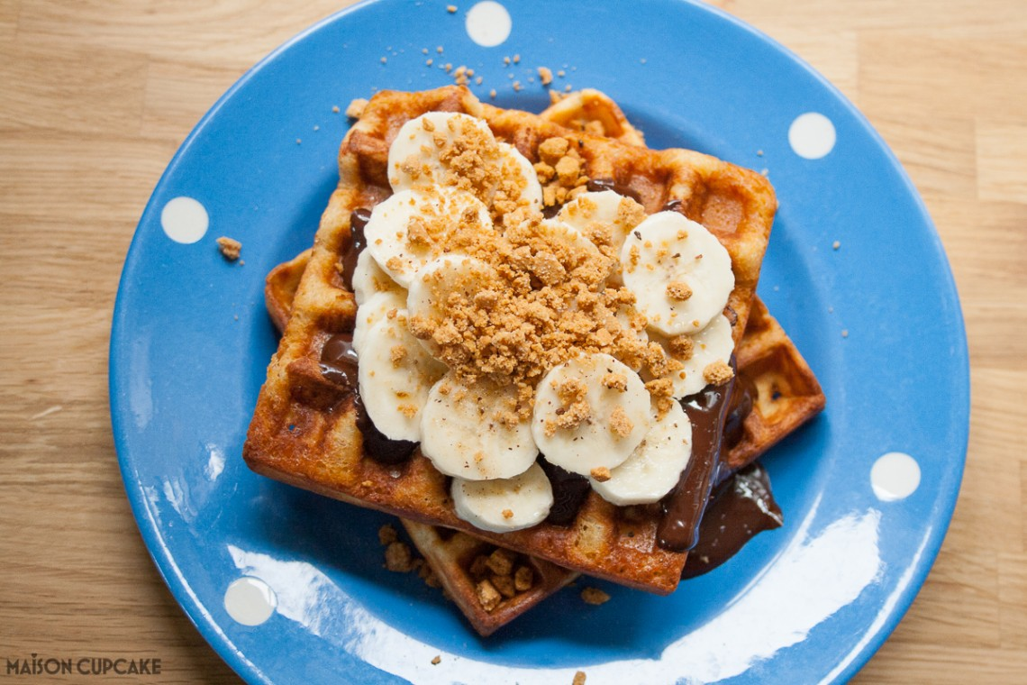 Make these Belgian speculoos waffles with banana and chocolate for a fun weekend breakfast or dessert - ready in under ten minutes and depending what you top them with, a gluten free recipe too.