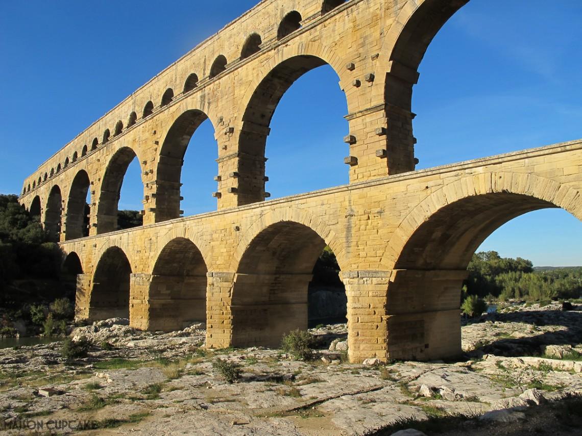 Pont du Gard roman aqueduct near Nimes Languedoc Rousillion France